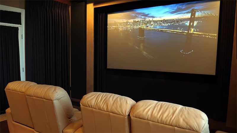 Our Thoughts on the Projector Screen STR-169100 Silver Ticket 100